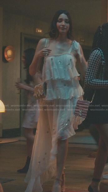 Luna's white one-shoulder asymmetric dress on Gossip Girl