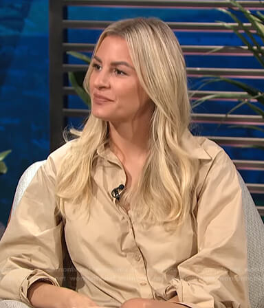 Morgan's beige ruched shirtdress on E! News Daily Pop