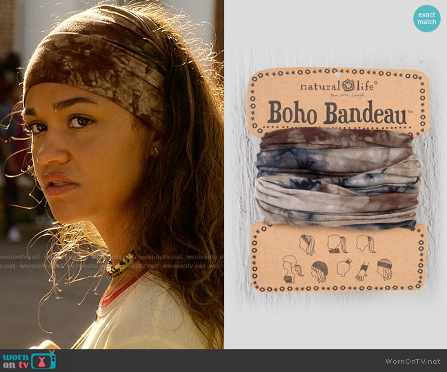 Natural Life Boho Bandeau worn by Kiara Carrera (Madison Bailey) on Outer Banks