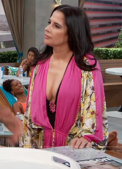 Sam's pink floral robe and swimsuit on General Hospital
