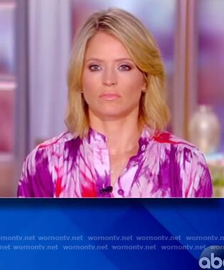 Sara's tie dye romper on The View
