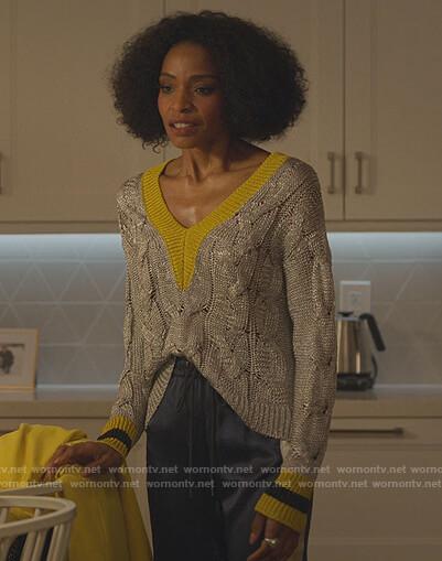 Sasha's gran cable knit sweater on Sex/Life