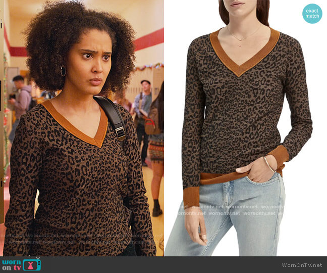 Leopard Pattern V-Neck Sweater by Scotch & Soda worn by Fabiola Torres (Lee Rodriguez) on Never Have I Ever