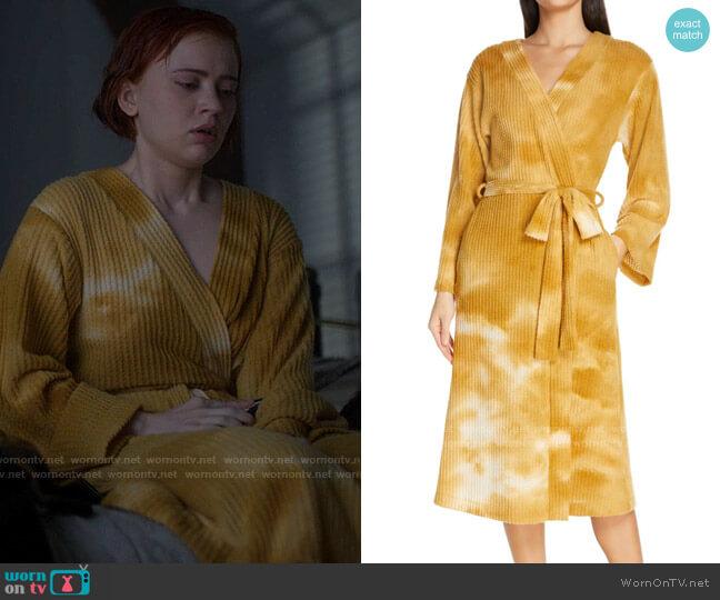Socialite Tie Dye Waffle Robe worn by Scarlett (Sierra McCormick) on American Horror Stories