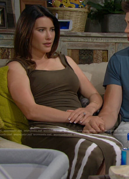 Steffy's green tie dye dress on The Bold and the Beautiful