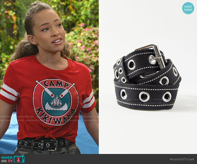 Webbed Grommet Belt by Urban Outfitters worn by Ava (Shelby Simmons) on Bunkd