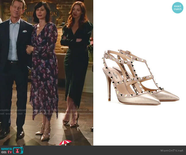 Rockstud Leather Pumps by Valentino worn by Cassandra Nightingale (Catherine Bell) on Good Witch