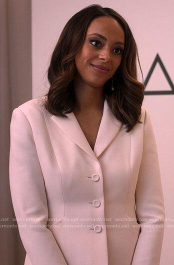 Whitney's white blazer on Run the World