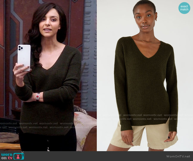 Aritzia Wilfred Free Wolter Sweater worn by Zari Tomaz (Tala Ashe) on Legends of Tomorrow