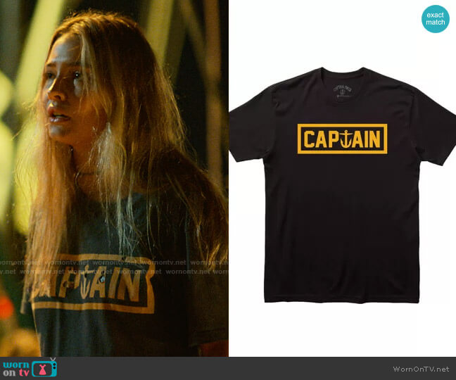Captain Fin Naval Captain Tee  worn by Sarah Cameron (Madelyn Cline) on Outer Banks