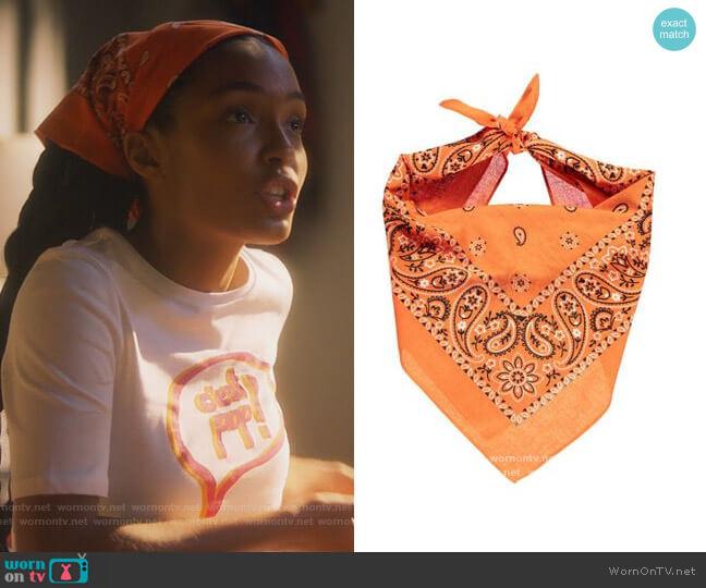 Orange Pailsley Print Bandana by Forever 21 worn by Zoey Johnson (Yara Shahidi) on Grown-ish