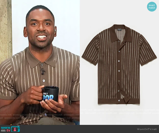 Vertical Stripe Placket Sweater Polo by Todd Snyder worn by Justin Sylvester  on E! News
