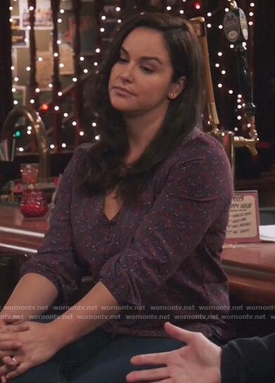 Amy's striped cashmere sweater on Brooklyn Nine-Nine