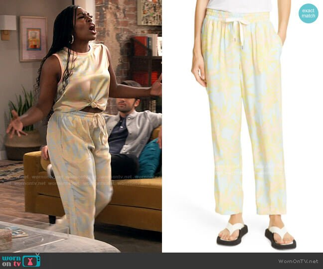 ATM Anthony Thomas Melillo Palm Print Silk Charmeuse Pants worn by Harper (Laci Mosley) on iCarly