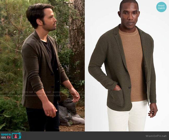 Banana Republic SUPIMA® Sweater Blazer in Mistletoe Green worn by Freddie Benson (Nathan Kress) on iCarly