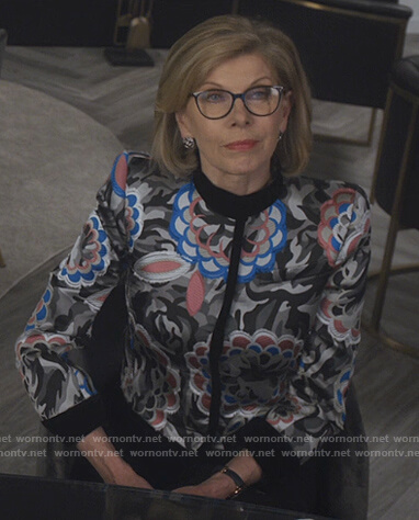 Marissa's gray stripe ribbed sweater on The Good Fight