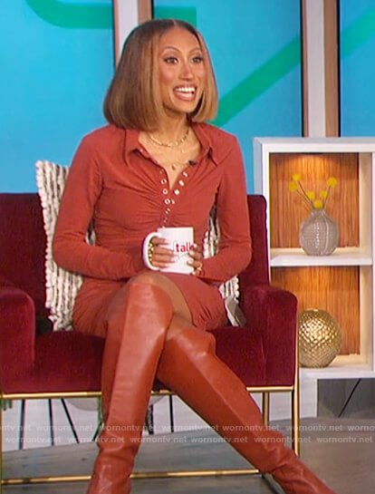 Elaine's brown ruched dress on The Talk