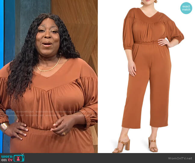 Gathered Yoke Piqué Jumpsuit by Eloquii worn by Loni Love  on E! News
