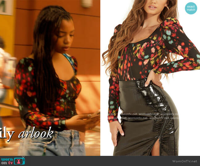 Rachel Sweetheart-Neck Top by Guess worn by Jazlyn Forster (Chloe Bailey) on Grown-ish