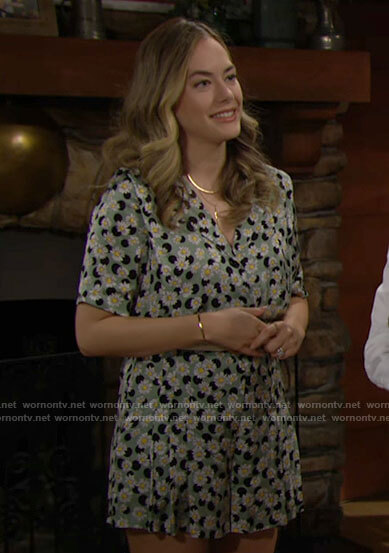 Hope's green daisy print romper on The Bold and the Beautiful