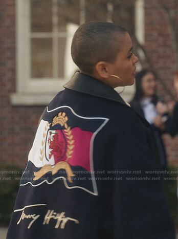Julien's navy Tommy Hilfiger jacket on Gossip Girl