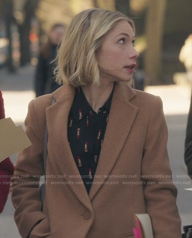 Kate's black lipstick print blouse and camel coat on Gossip Girl