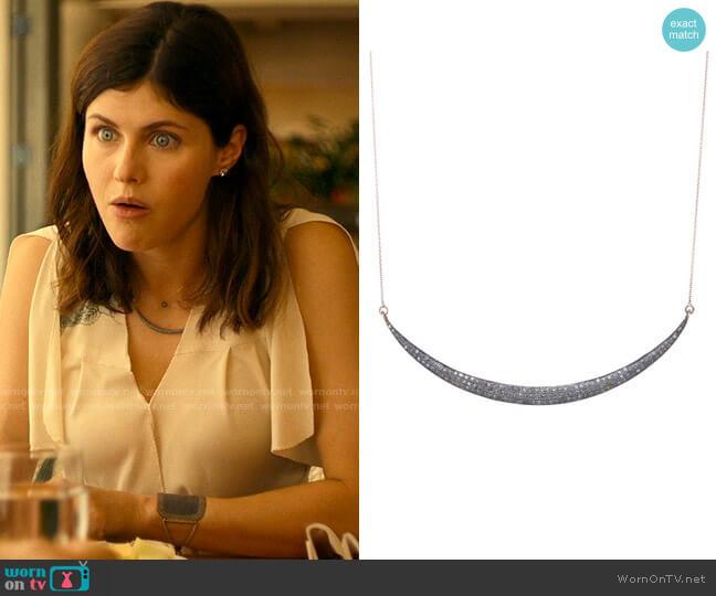Lera Jewels Large Smile Necklace worn by Rachel Patton (Alexandra Daddario) on The White Lotus