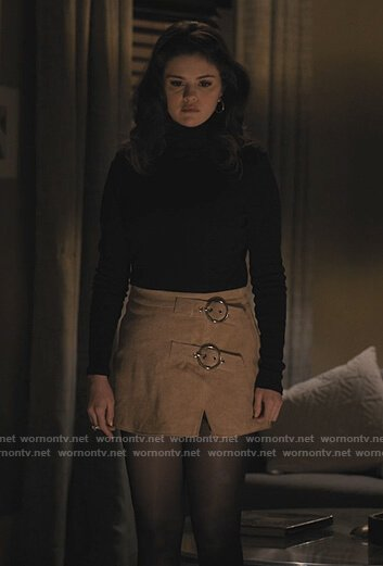 Mabel's beige buckle detail skirt on Only Murders in the Building