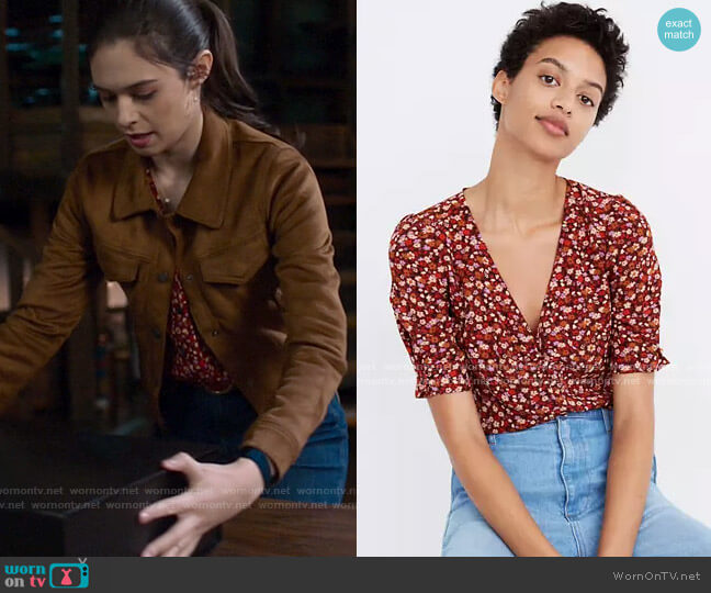 Madewell Silk Button-Sleeve Top in Spring Prairie worn by Nia Nal (Nicole Maines) on Supergirl