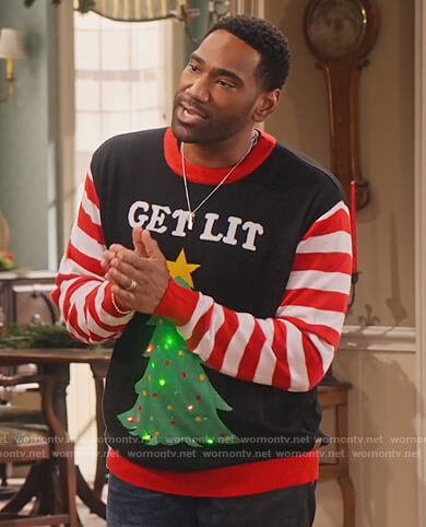 Moz's Get Lit Christmas sweater on Family Reunion