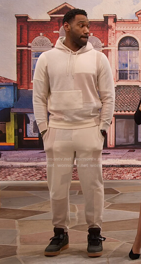 Moz's ivory patchwork hoodie and sweatpants on Family Reunion