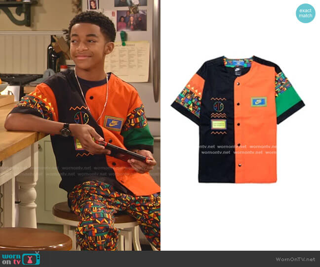 Reissue Short-Sleeve Top by Nike worn by Shaka McKellan (Isaiah Russell-Bailey) on Family Reunion