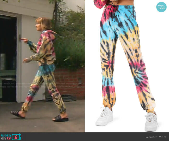 Tie Dye Print Gym Sweatpants by Pam & Gela worn by Lisa Rinna  on The Real Housewives of Beverly Hills