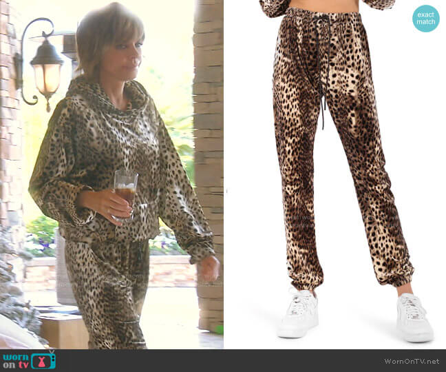 Gym Sweatpants by Pam & Gela worn by Lisa Rinna  on The Real Housewives of Beverly Hills