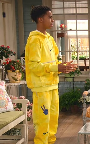 Shaka's yellow tie dye hoodie and sweatpants on Family Reunion