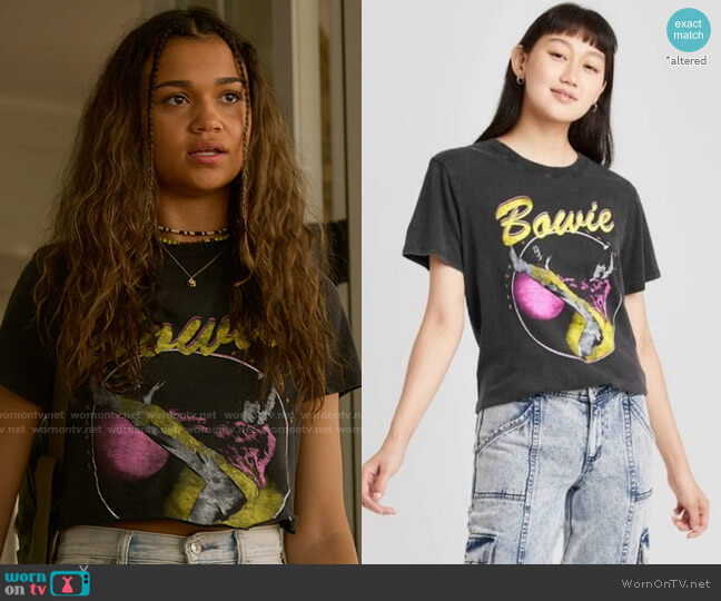 Target Bowie T-shirt worn by Kiara Carrera (Madison Bailey) on Outer Banks