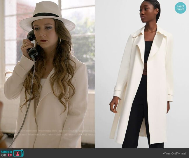 Oaklane Trench by Theory worn by Liv Whitley (Billie Lourd) on American Horror Stories