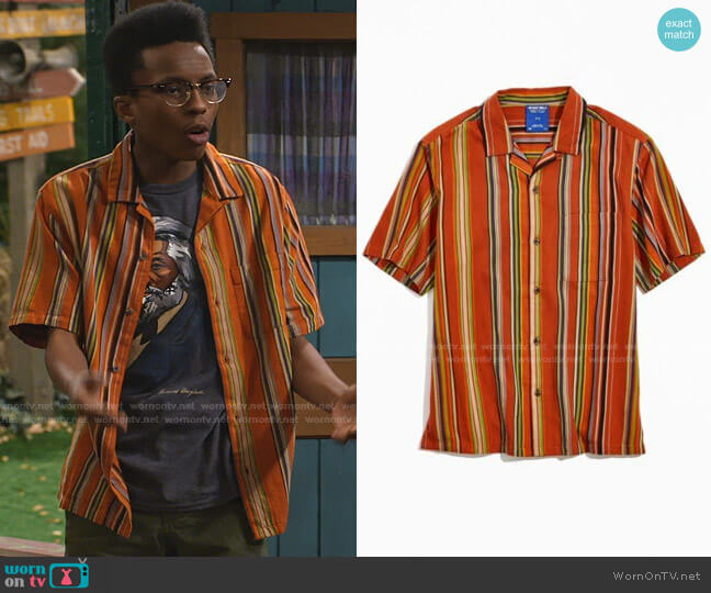 Without Walls Stripe Short Sleeve Button-Down Shirt by Urban Outfitters worn by Noah Lambert (Israel Johnson) on Bunkd