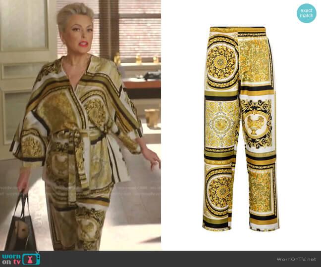 Barocco Mosaic Printed Silk Pants by Versace worn by Alexis Carrington (Elaine Hendrix) on Dynasty