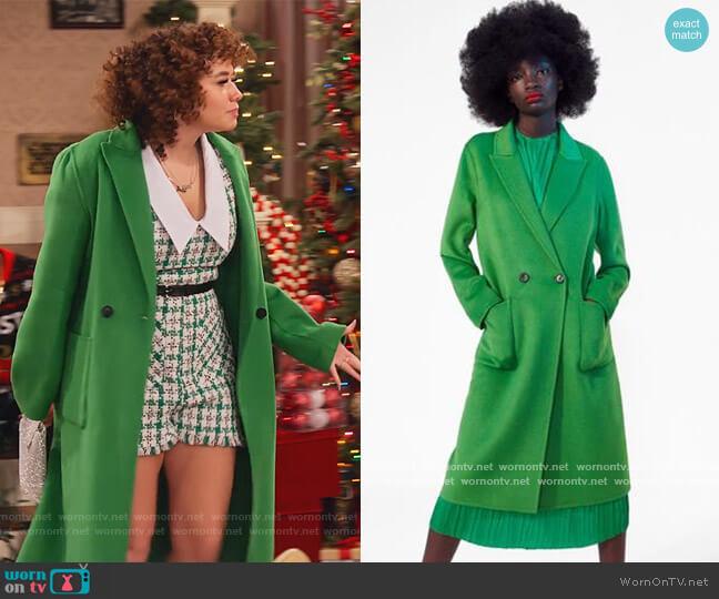 Wool Coat by Zara worn by Jade (Talia Jackson) on Family Reunion