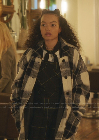 Zoya's blue and white plaid jacket on Gossip Girl