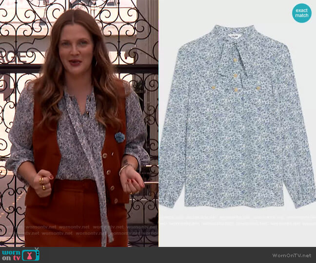 Lavalliere Blouse in crepe de chine by Celine worn by Drew Barrymore  on The Drew Barrymore Show