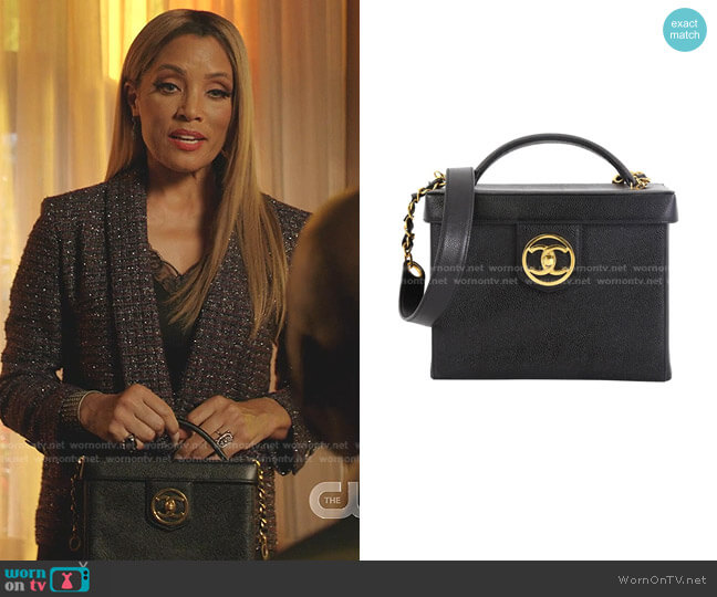 Vintage Vanity Case Caviar Small by Chanel worn by Dominique Deveraux (Michael Michele) on Dynasty