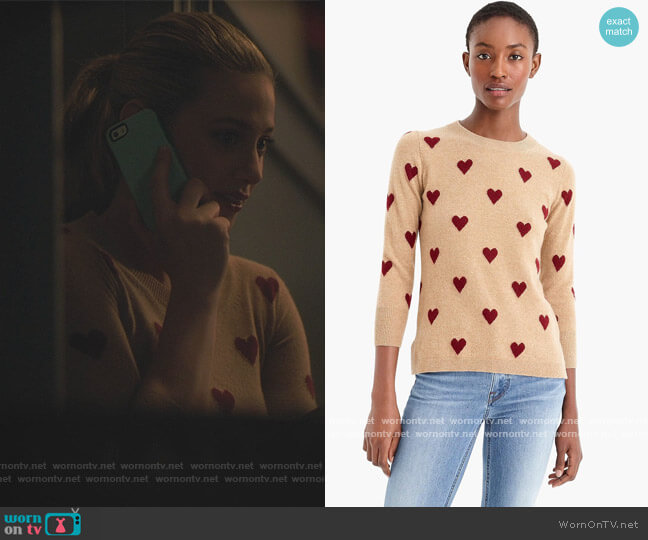 Intarsia Heart by J. Crew worn by Betty Cooper (Lili Reinhart) on Riverdale