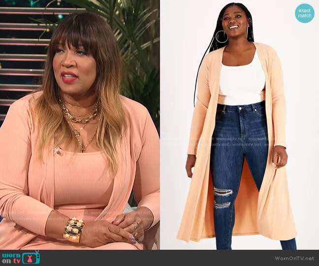 Trendy Plus Size Ribbed Knit Duster by Nina Parker worn by Kym Whitley  on E! News
