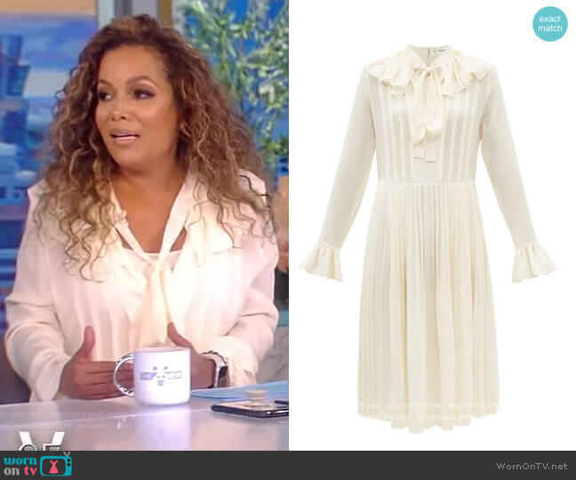 Pussy-bow silk crepe de Chine Dress by Victoria Beckham worn by Sunny Hostin  on The View