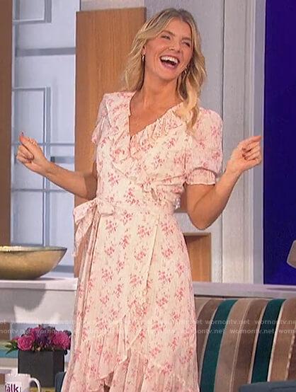 Amanda's floral print wrap dress on The Talk