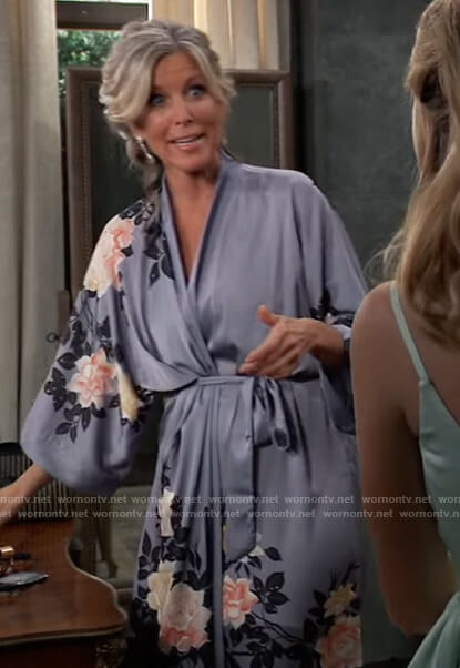 Carly's floral print robe on General Hospital
