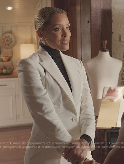 Fallon's black lace trim bra on Dynasty