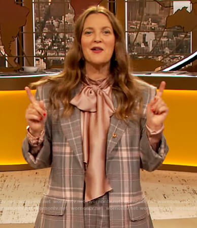 Drew's gray plaid blazer and pants on The Drew Barrymore Show